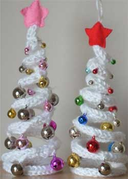 knit Christmas trees